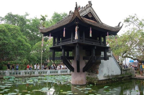 Во Вьетнаме на озере