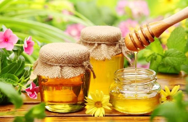 Пчелиный мед в банках