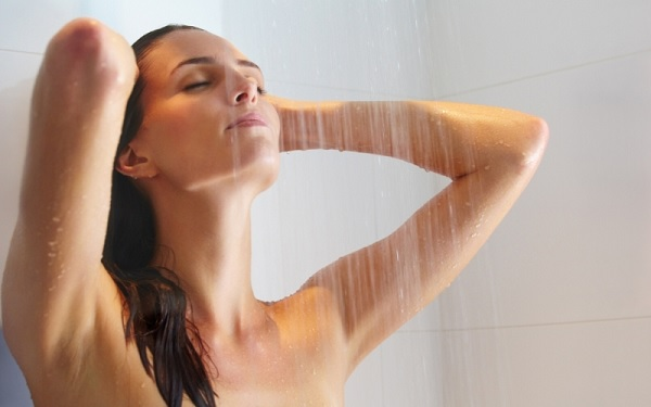 Закаливание под душем
