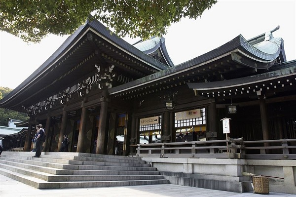 Храм Мейдзи Дзингу