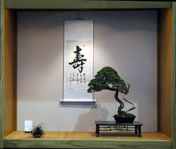 Ниша в стене японского домика