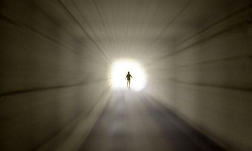 Полет через туннель