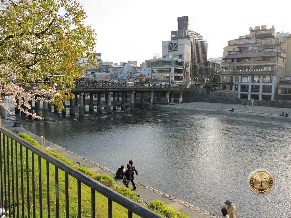 Набережная в Киото