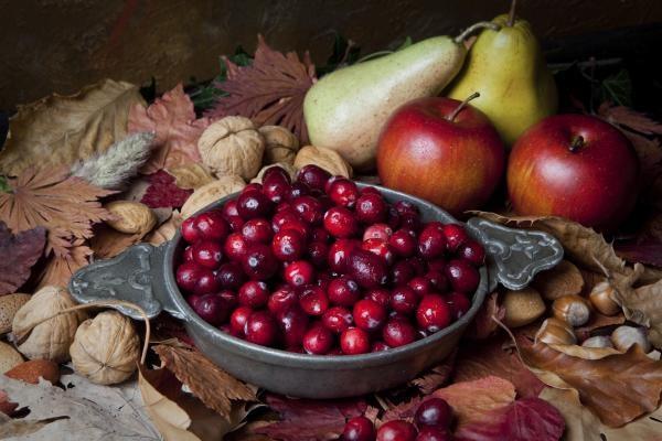 Орех клюква и яблоко для иммунинитета