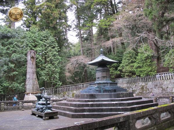 Могила Иэясу Токугавы