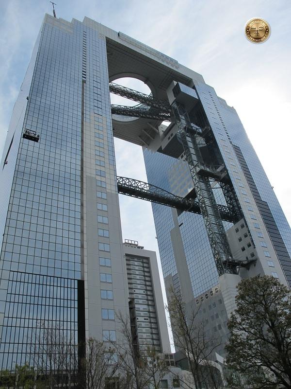 Небоскреб Umeda Sky Bilding