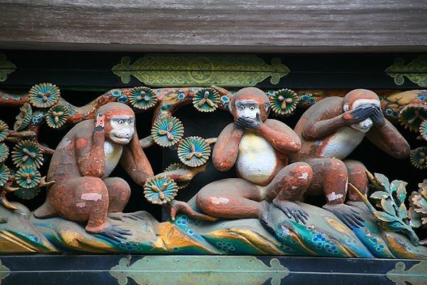 Три знаменитых обезьяны