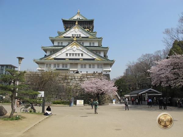 Замок Осака-дзё в г. Осака