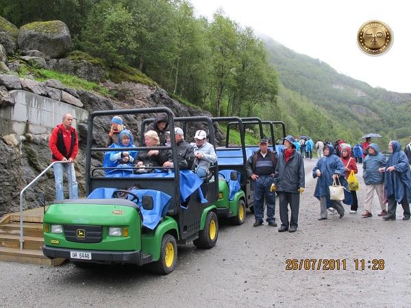 Транспорт для доставки на ледник Бриксдаль