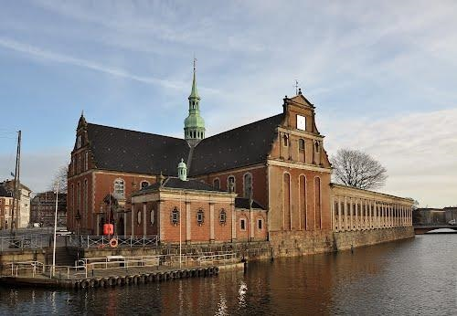 Церковь Холмена