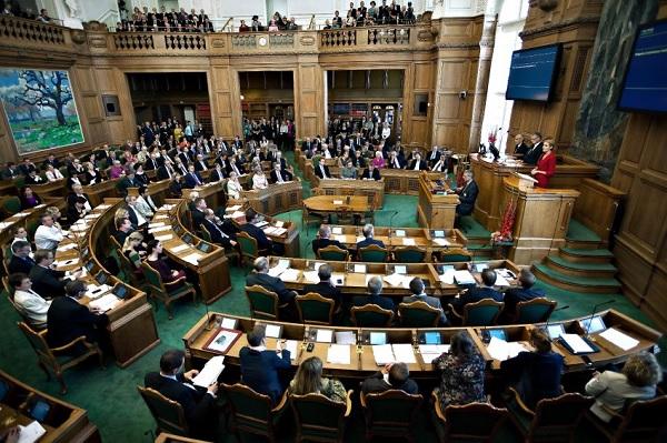 Заседание Датского парламента
