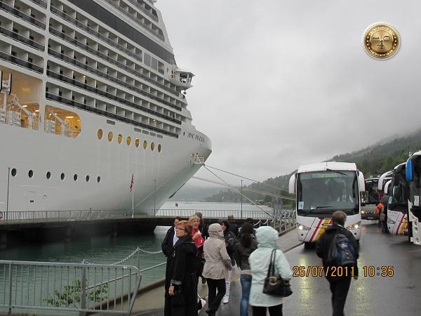 Высадка из корабля в Олдене