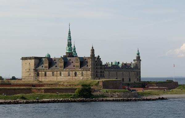 Замок Кронбург