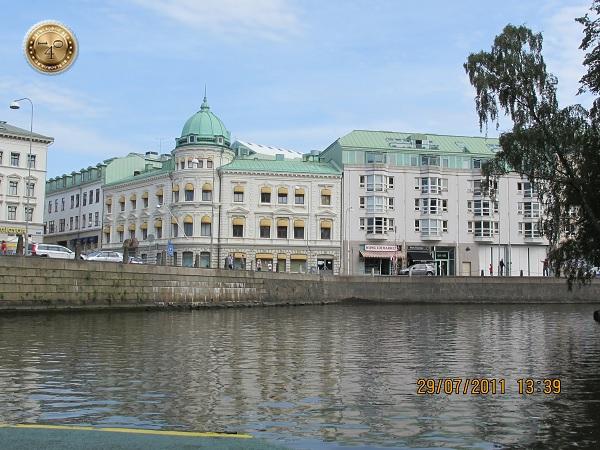 Здания на набережной в Гётеборге