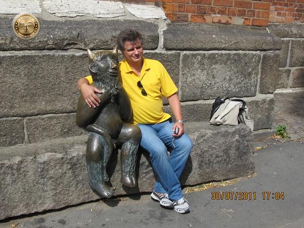 В обнимку с чёртом у Мариенкирхе в Любеке