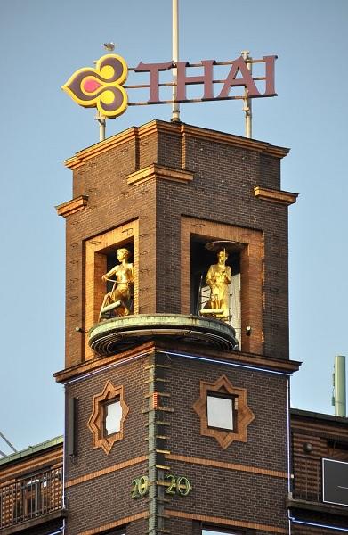 Барометр с девушкой в Копенгагене