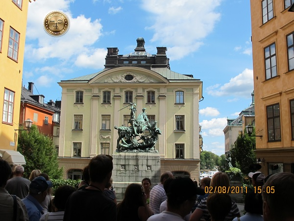 Памятник Георгию Победоносцу в Стокгольме
