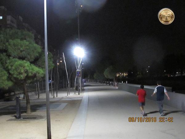 парк и набережная реки Манзарес