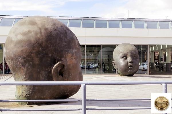скульптура День и Ночь