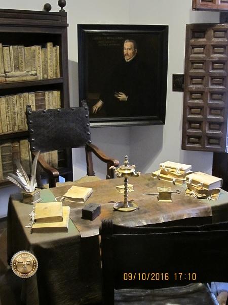 рабочий стол Лопа де Вега