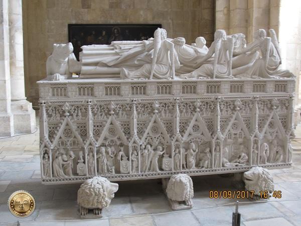 Саркофаг Педру I