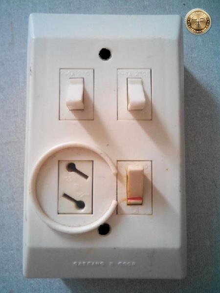 выключатель на 3 лампочки