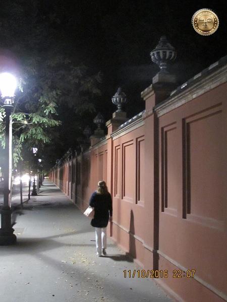 """Дорога в гостиницу """"Pasarela"""" в Севилье"""