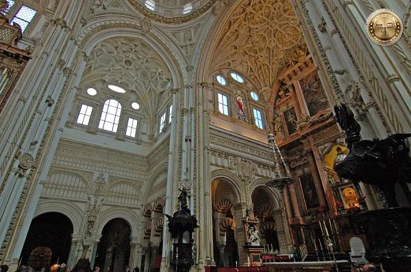 Кафедральный собор в Меските
