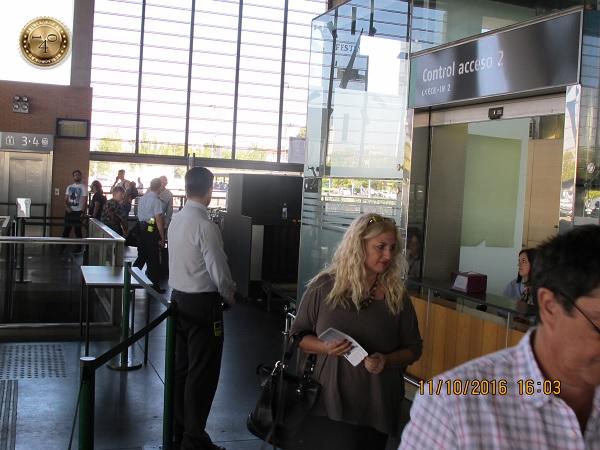 контроль на вокзале в Кордобе