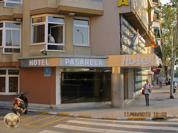 """отель """" PASRELA"""" в Севилье"""