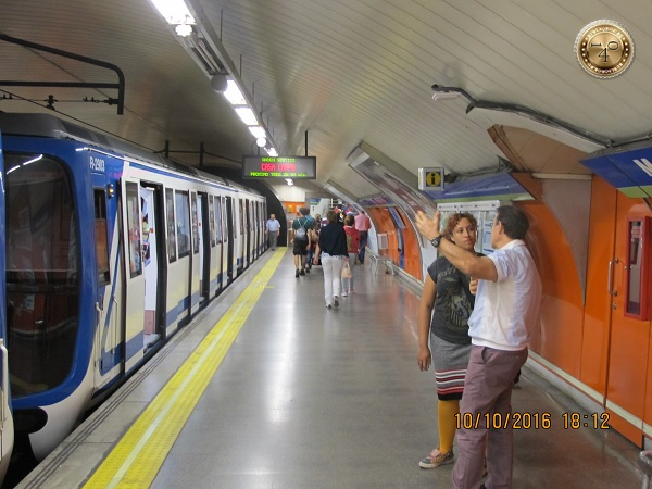 вагон мадридского метро