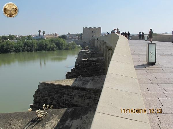 волнорезы Римского моста
