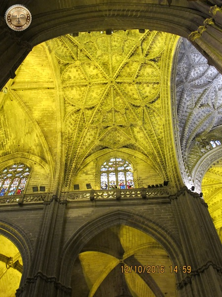 потолок Кафедрального собора в Севилье