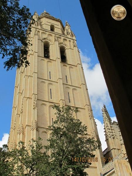 Колокольня Кафедрального собора в Сеговии