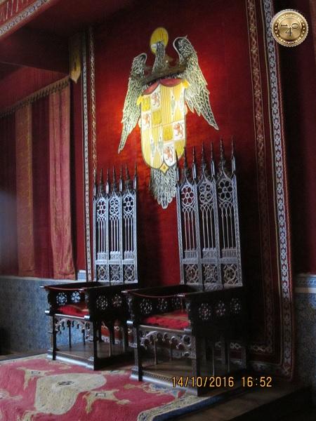 Троны испанских королей
