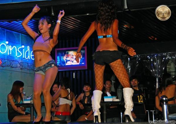 Стрип-клуб в Таиланде