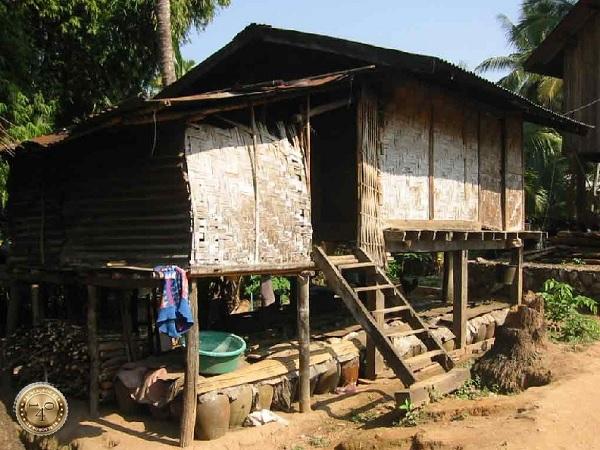 Лаосский дом